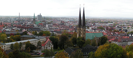 Bielefeld Panorama (Bild: Flickr.com / shardik, [url=https://creativecommons.org/licenses/by-sa/2.0/]CC BY-SA 2.0[/url])
