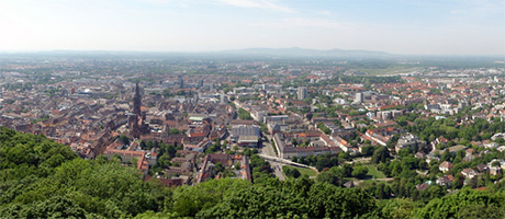 Freiburg im Breisgau - Panorama (Bild: Flickr.com / Martin Abegglen, [url=https://creativecommons.org/licenses/by/2.0/deed.de]CC BY 2.0[/url])