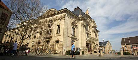 Stadttheater Fürth (Bild: Flickr.com, Marcus Schwan, [url=https://creativecommons.org/licenses/by/2.0/]CC BY 2.0[/url])