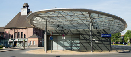 Busbahnhof in Herne (Foto: #90744643 © sehbaer_nrw - Fotolia.com)