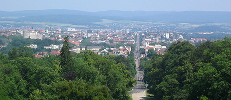 Kassel von oben (Bild: Flickr.com / Jeramey Jannene, [url=https://creativecommons.org/licenses/by/2.0/]CC BY 2.0[/url])