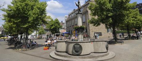 Marktplatz in Ludwigsburg (Foto: #82951054 © Manuel Schönfeld - Fotolia.com)