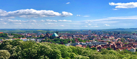 Skyline Erfurt (Bild: Flickr.com / Nicole Kasper, [url=https://creativecommons.org/licenses/by-nd/2.0/]CC BY-ND 2.0[/url])