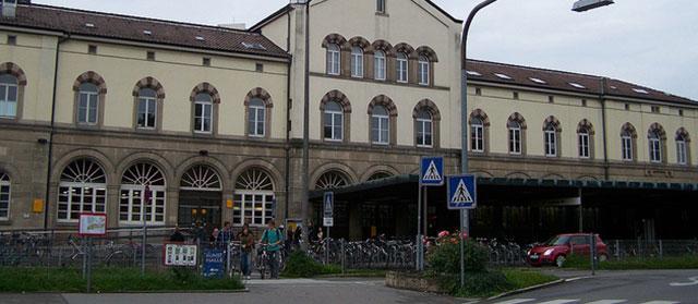 Tübingen Bahnhof: hier gibt's Highspeed-Internet (Flickr.com / Cornelius Kibelka, [url=https://creativecommons.org/licenses/by-sa/2.0/]CC BY-SA 2.0[/url])
