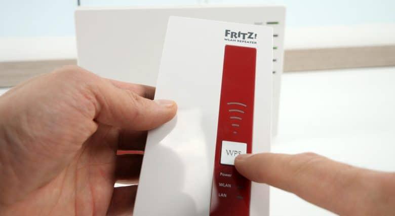 Fritz Repeater 1750e WLAN/WPS-Taste